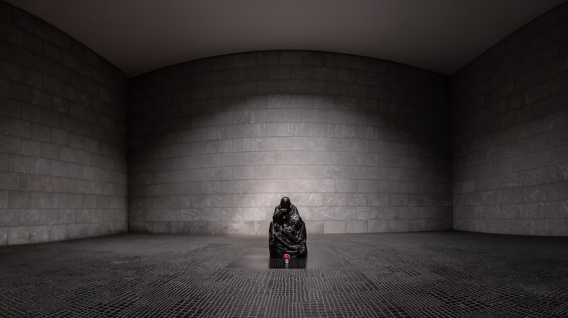 Berlin Neue Wache / New Guardhouse